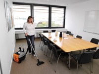 Niemcy praca wieczorami przy sprzątaniu biura bez języka Frankfut nad Menem