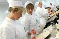 Ogłoszenie pracy w Niemczech Moguncja dla pomocy kuchennej w restauracji