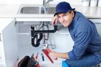 Dam pracę w Niemczech ne budowie bez języka Mannheim hydraulik przy montażu instalacji