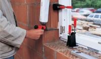 Praca Niemcy dla montera okien na budowie w Norymberdze
