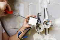 Elektryk-Elektromonter praca w Niemczech na budowie, Frankfurt nad Menem
