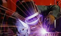 Dam pracę w Niemczech jako spawacz 135/136 w przemyśle stoczniowym Kiel