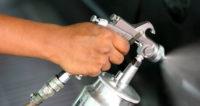 Lakiernik przemysłowy praca w Niemczech przy lakierowaniu elementów pomp i urządzeń