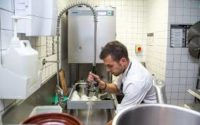 Dam pracę w Niemczech od zaraz pomoc kuchenna na zmywaku k. Rosenheim