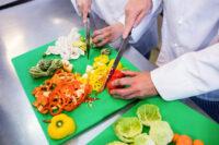 Bez języka dam pracę w Niemczech dla pomocy kuchennej od zaraz Kolonia 2021